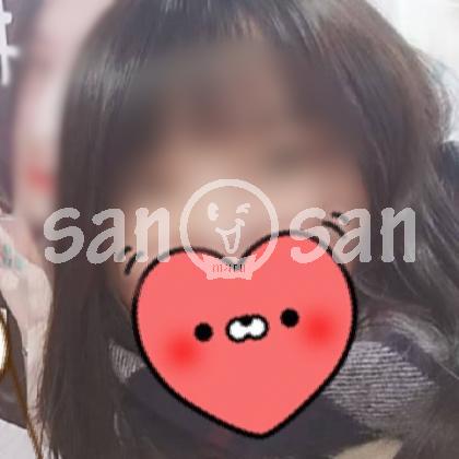 サンマルサン(キャスト/東京)「はなび(21)」笑顔がフレッシュな上戸彩似のFカップ美乳女性!
